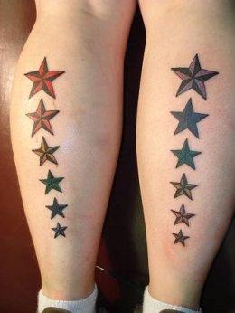 Модные тату с элементами из звезд