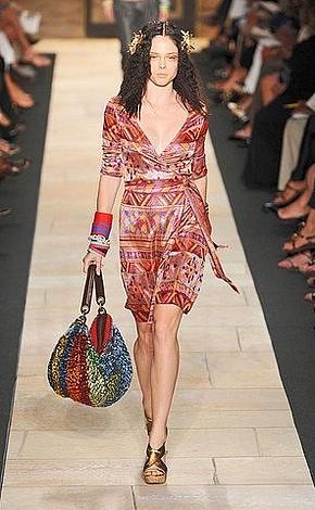 Одежда с этническим рисунком: как правильно носить
