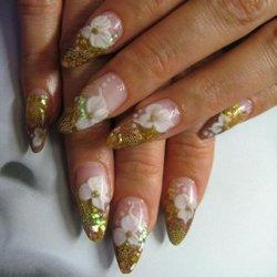 Рисунки на ногтях: яркие оттенки осени