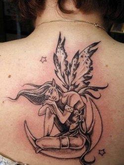 Симпатичные женственные татуировки